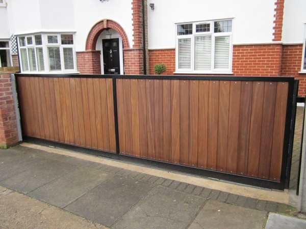 Wood and metal sliding gate